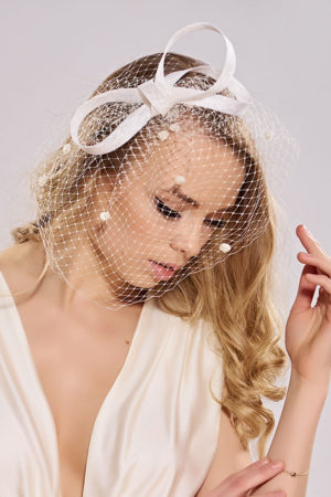 wedding fascinator with veiling