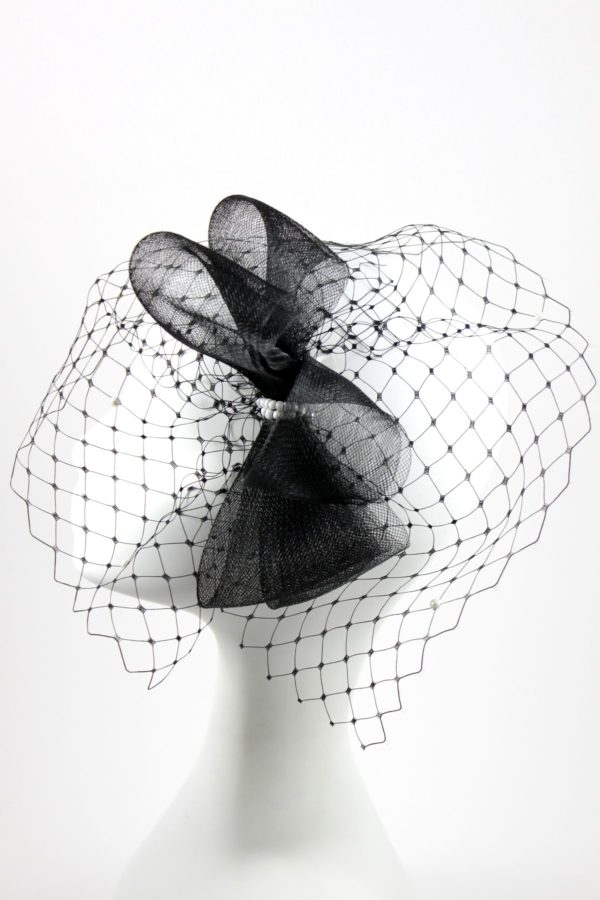 wedding fascinator with a bow