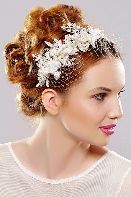 headband with lace and flowers
