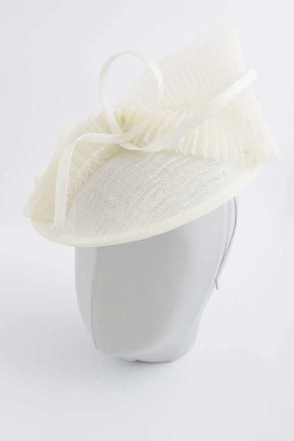 wedding toque with a bow and a twist